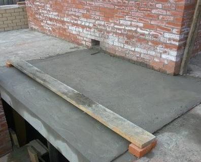 Какой цемент для фундамента дома